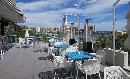 valeria rooftop-bar