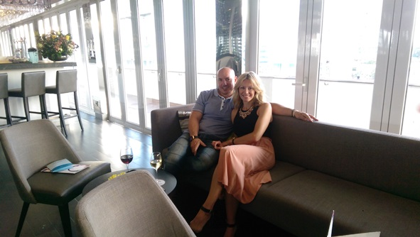 Pre-dinner drinks - Sky bar